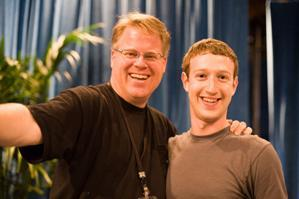 800px Scoble Zuckerberg 20080723 - Robert Scoble: Apple's One of the Biggest Fans Shifts to Android