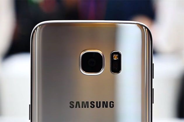Samsung Galaxy S8 said to drop the headphone jack