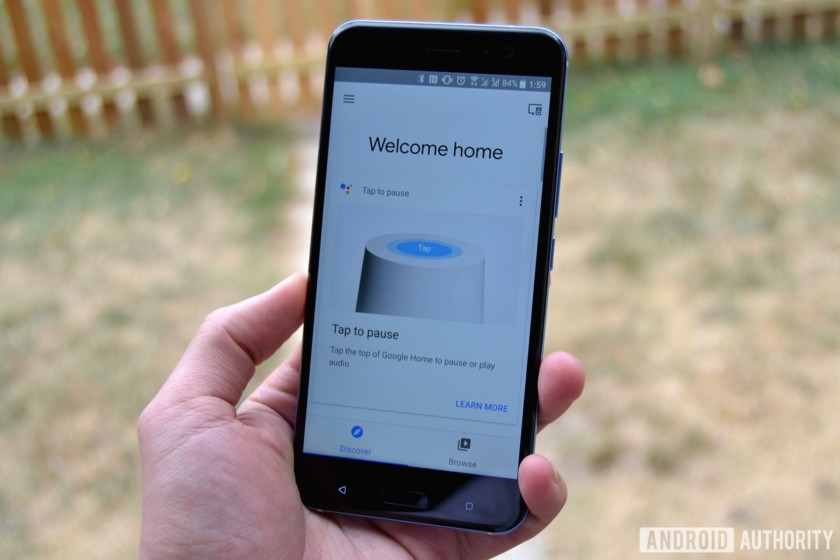 Google Home app gets updated with a new interface and Night Mode