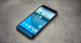 How to Download Android 8.1 to Get Pixel 2 Features on Your Old Phone